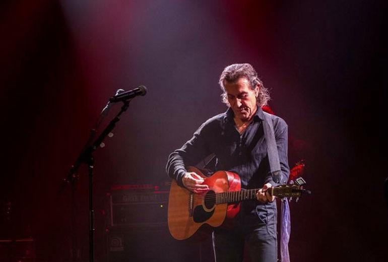 Albert Hammond & band